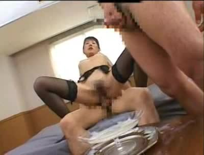 熟女動画:セクシーで美人...